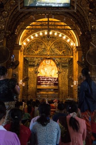 Mahamuni Pagoda.