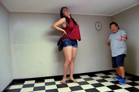 Optical illusion room!