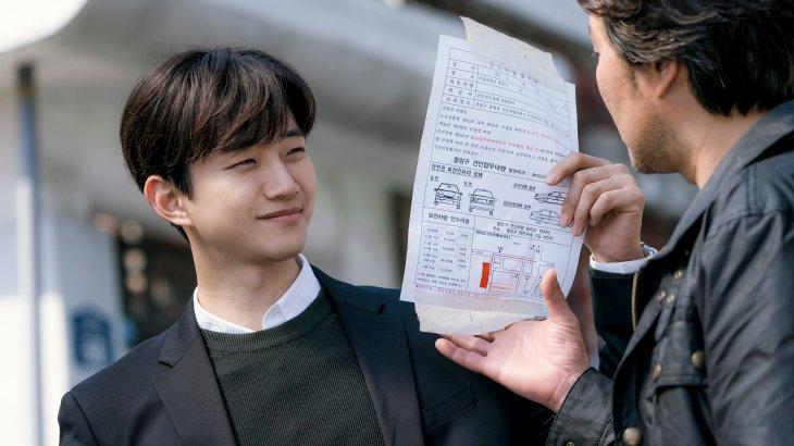[TRANS] イジュノ、'二十歳'→'キム課長'に続き'自白'まで..こうなれば'ブロマンス職人' (記事和訳)