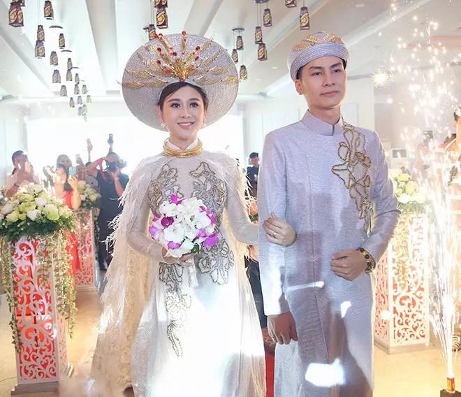 Hành trình lặn lội tìm hạnh phúc của Lâm Khánh Chi: Từ nam ca sĩ trở thành cô dâu nổi tiếng showbiz Việt-9