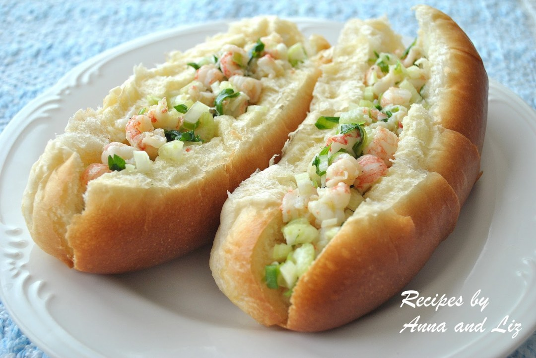 Summer Lobster or Shrimps Rolls by 2sistersrecipes.com