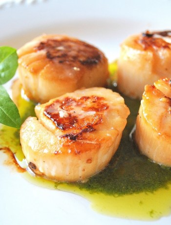 Seared Sea Scallops Over Pesto Sauce by 2sistersrecipes.com