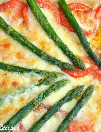Fresh Asparagus Tomato and Cheese Pizza by 2sistersrecipes.com