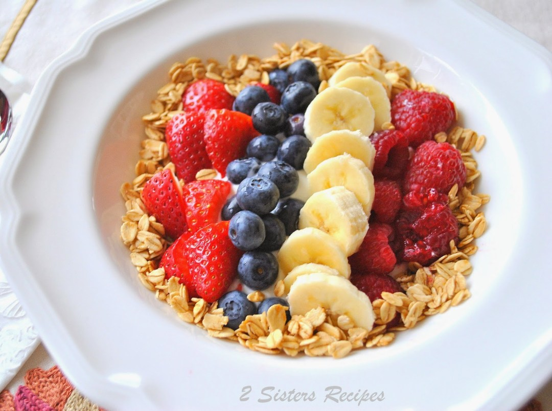 Breakfast Parfait with Greek Yogurt, Fresh Berries and Granola by 2sistersrecipes.com