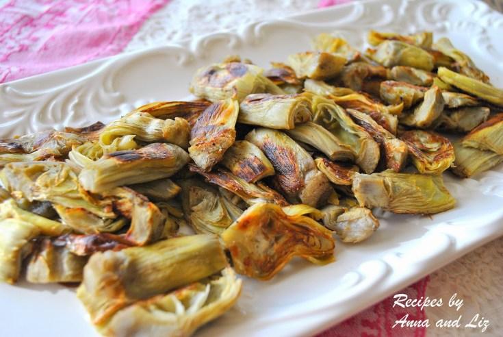EASY Roasted Artichoke Hearts with Lemon-Garlic Aioli