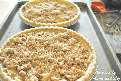 EASY Apple Crisp Pie by 2sistersrecipes.com