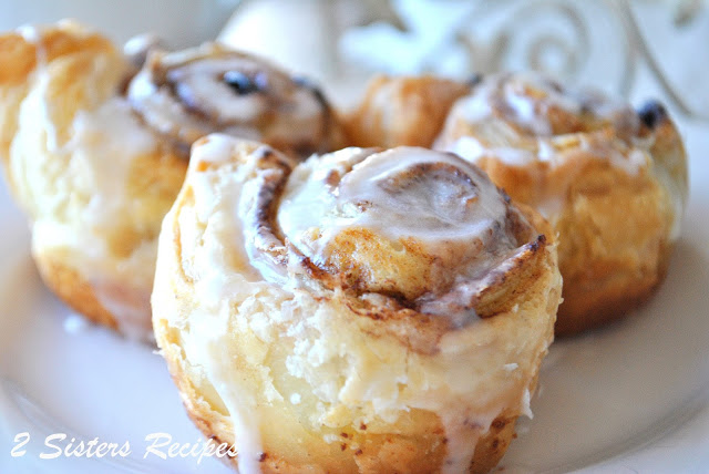 Easy Cinnamon Rolls with Raisins and Walnuts by 2sistersrecipes.com