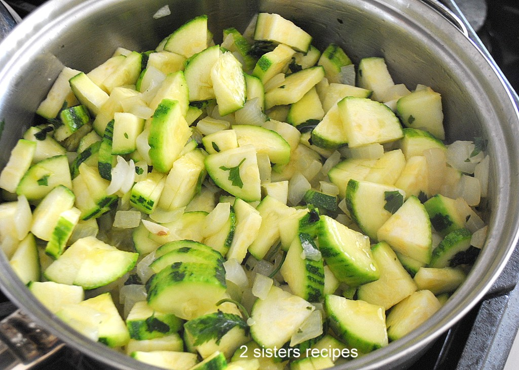 Zucchini Tomato Sauce with Fusilli Pasta by 2sistersrecipes.com
