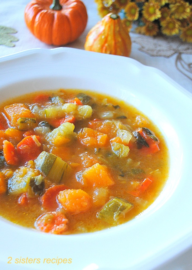 Healthy Butternut Squash Zucchini Soup by 2sistersrecipes.com