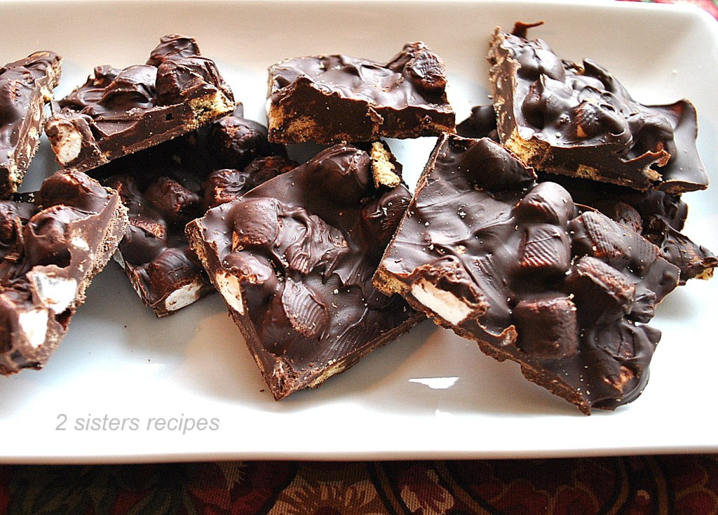 S'mores Dark Chocolate Bark by 2sistersrecipes.com