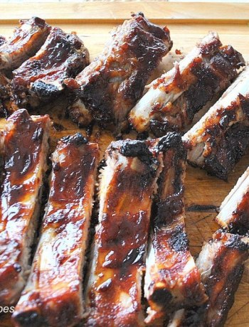 Fast & Easy Oven Roasted Baby Back Ribs. by 2sistersrecipes.com