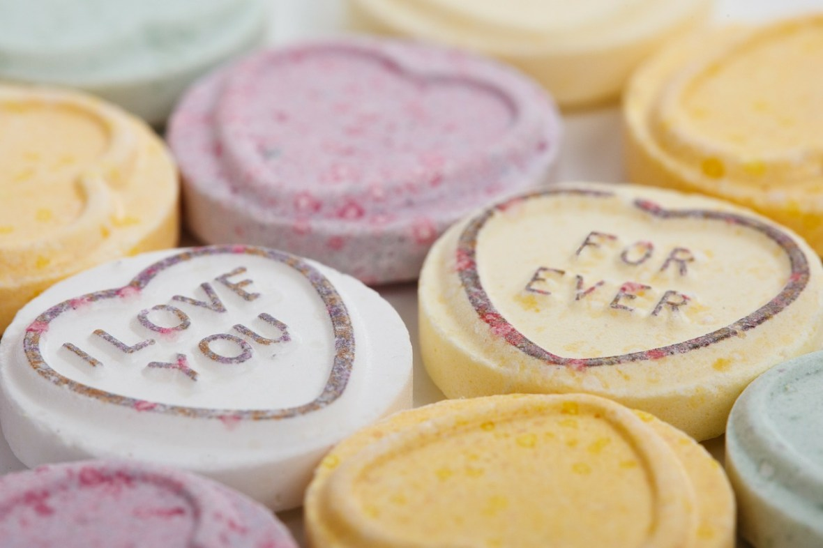love hearts_Public Domain Pictures