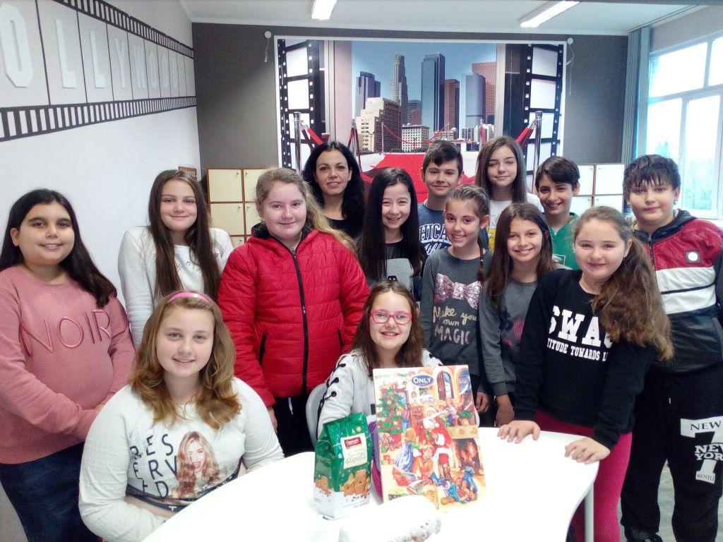 """""""Коледни традиции в Германия"""" – час по немски език във Второ СУ Търговище"""