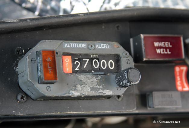 11 altitude alert sm