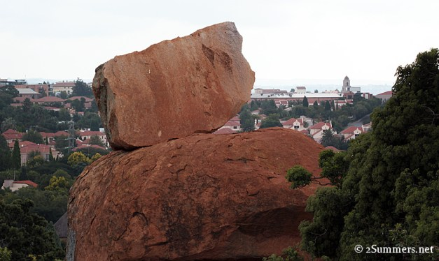 Lonehill rocks and Monte