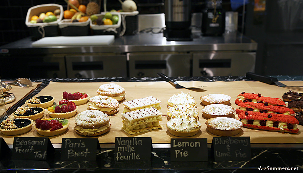 Four Seasons deli pastries