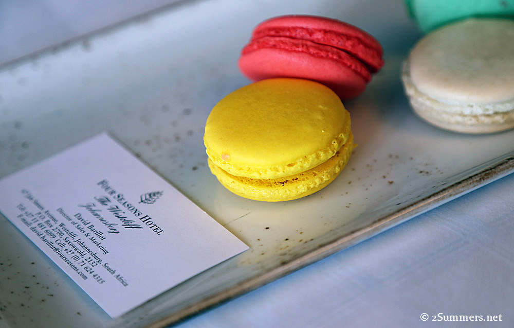 Four Seasons macarons