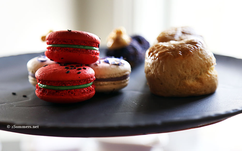 Macarons-and-scones