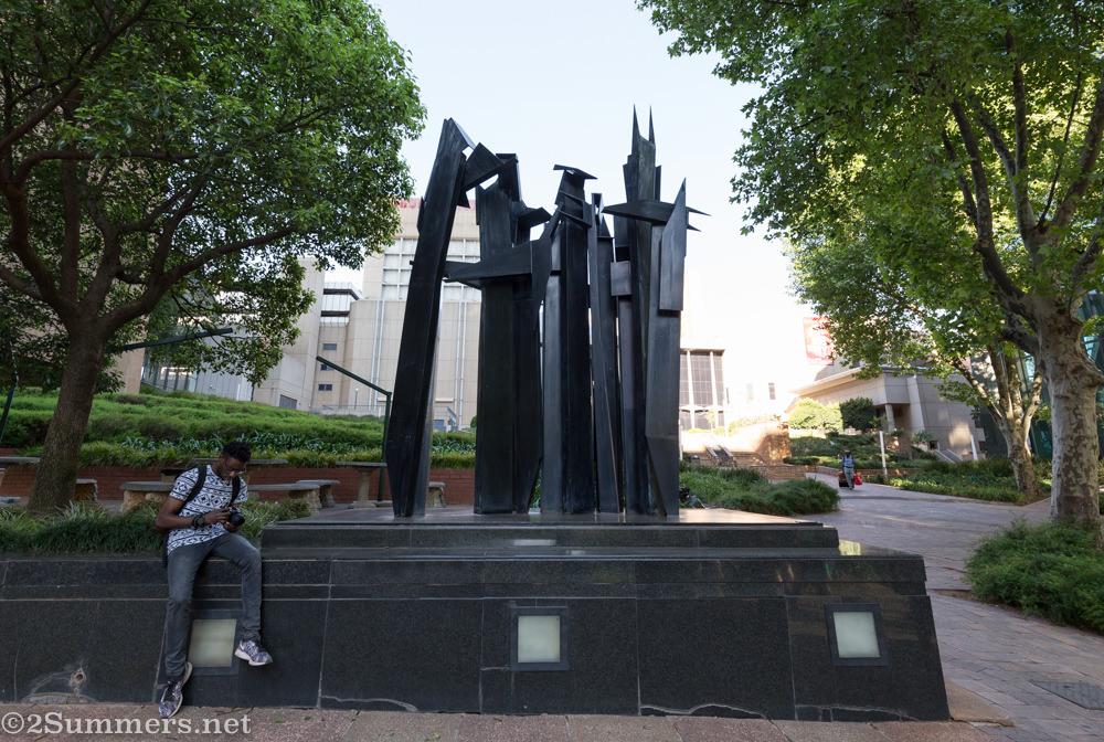 Edoardo Villa sculpture