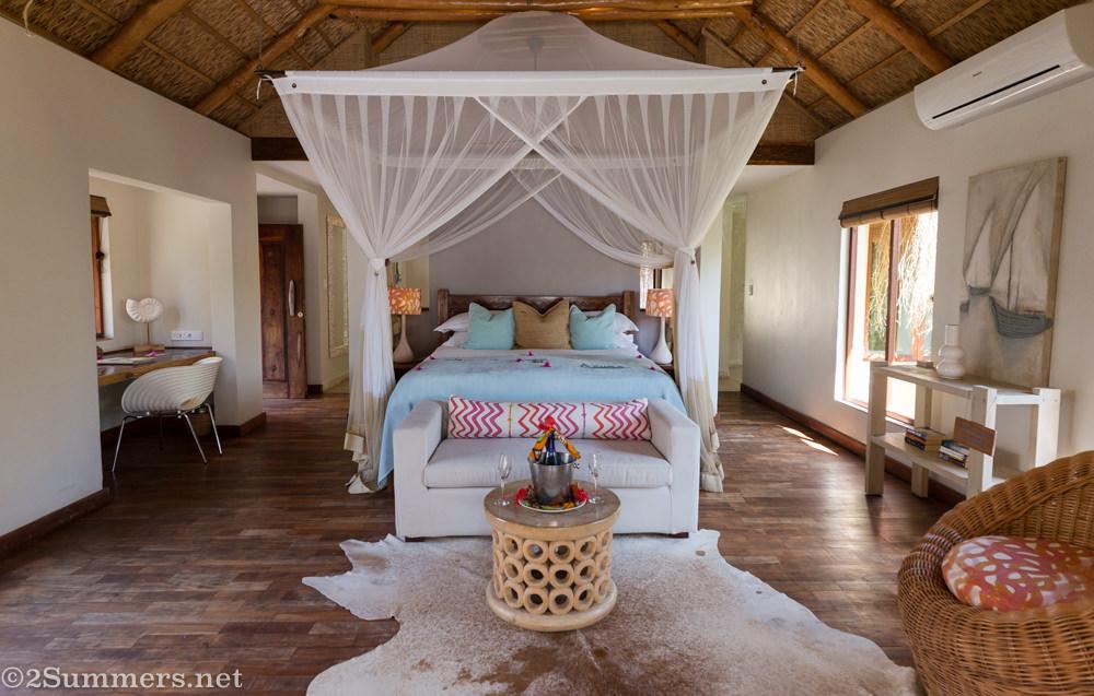 Azura Retreat bedroom