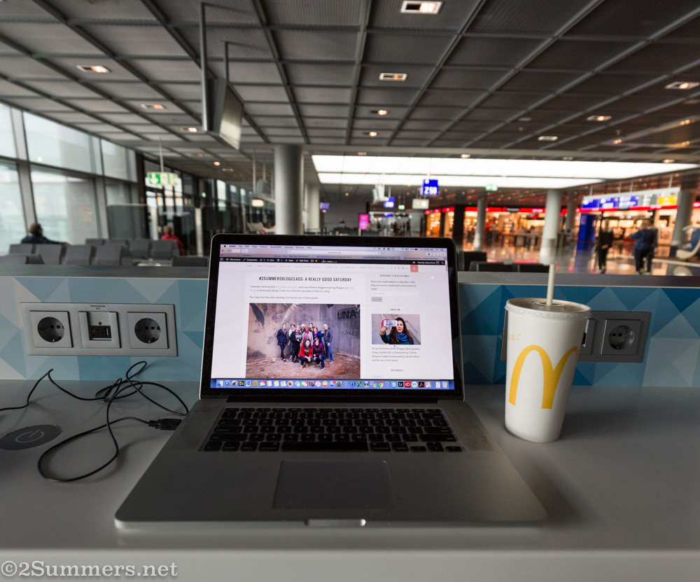 Blogging at Frankfurt Airport