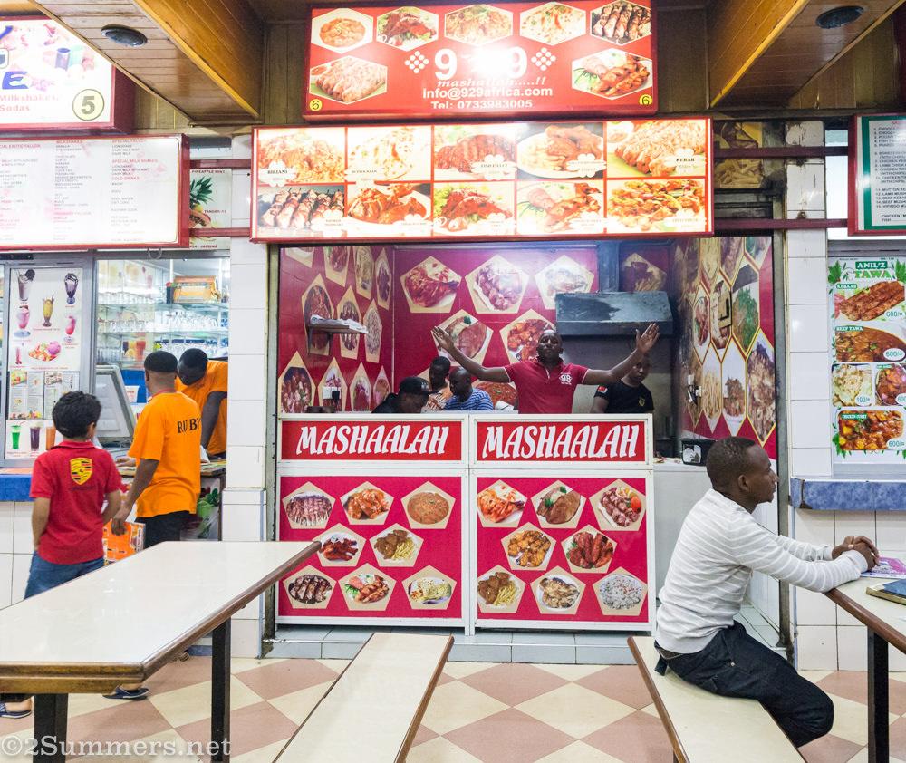 Food vendor at Diamond Plaza