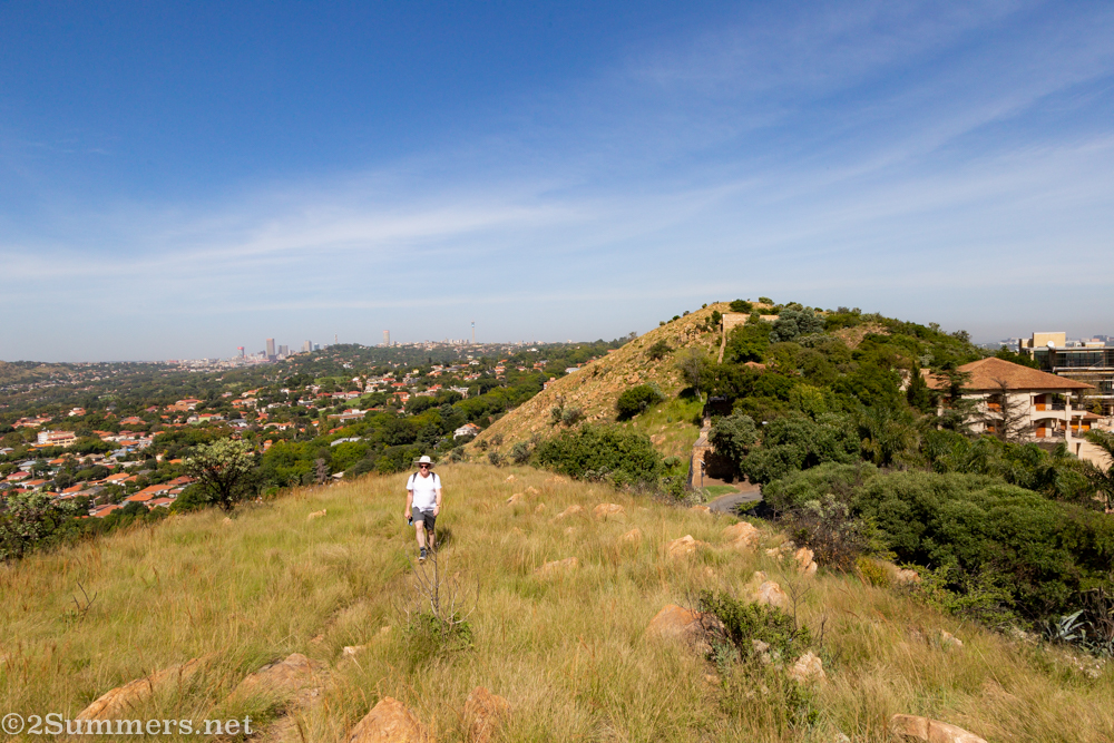 Bisecting Joburg: A Walk on Linksfield Ridge