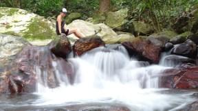 Doch noch ein ruhiges Plätzchen am Wasserfall gefunden