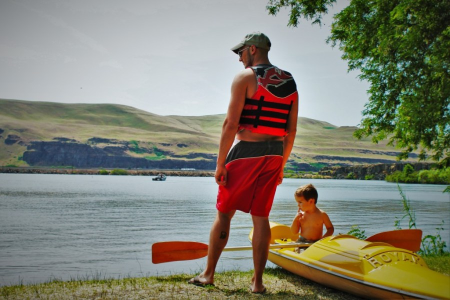 Rob Taylor and LittleMan Kayaking Deadhorse Lake 1