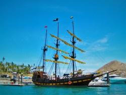Buccaneer Queen Cabo