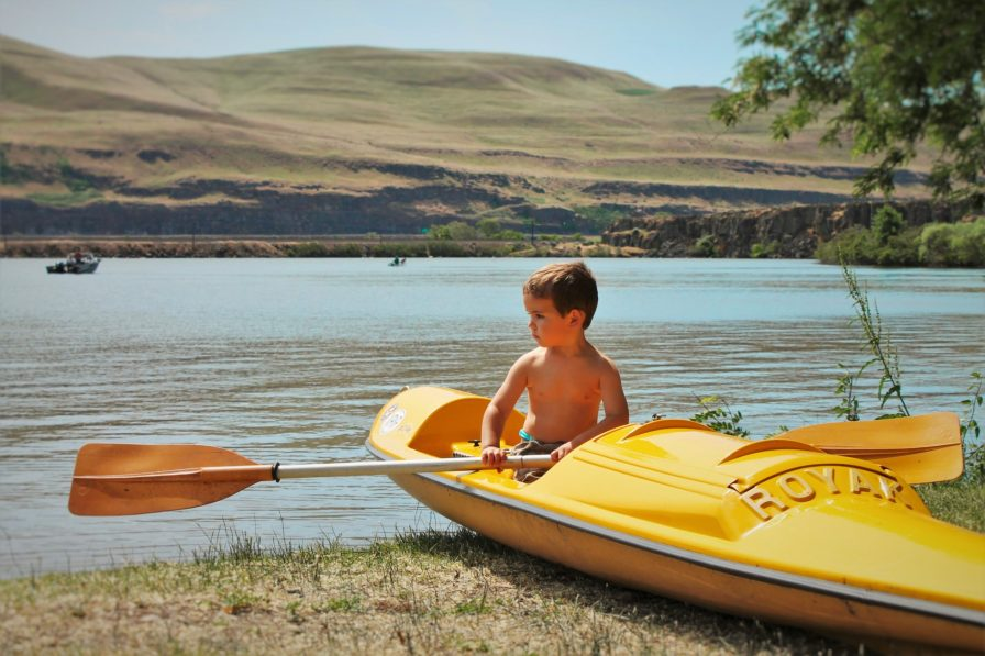 LittleMan in Kayak Deadhorse Lake 1