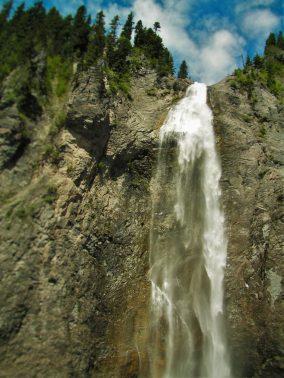 Comet Falls in Mt Rainier National Park 2traveldads.com