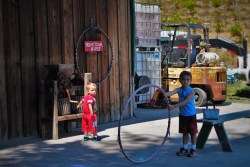 Taylor Kids Hula Hooping at AniChe Cellars Underwood Columbia River Gorge 2