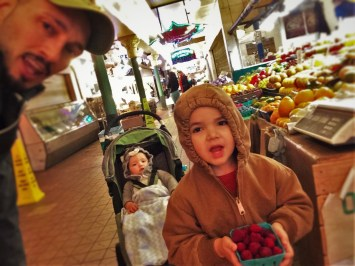 Rob Taylor and Kids with in Pike Place Market 1