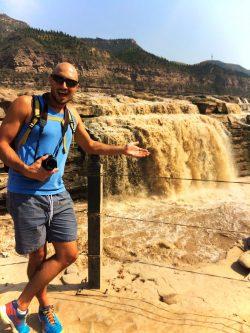 Rob Taylor at Hukou Falls Shaanxi 1