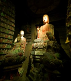 Buddhist statues in Xian Cultural Museum 1