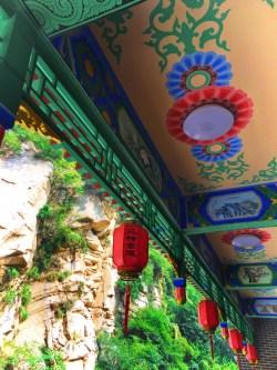 chinese-lanterns-at-huashan-national-park-1