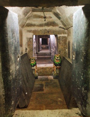 Underground chamber of the Buddha at Famen Temple Baoji 1