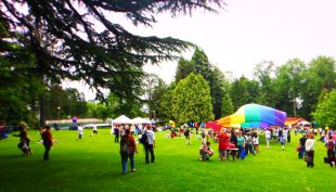 Volunteer Park Pride Picnic 2
