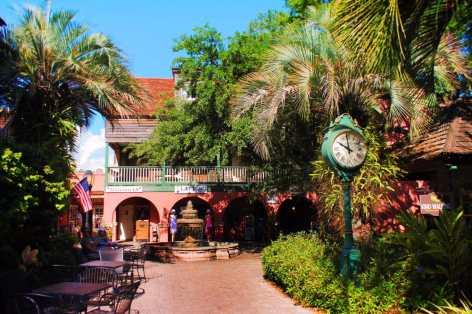 St George Street Courtyard fountain St Augustine 3