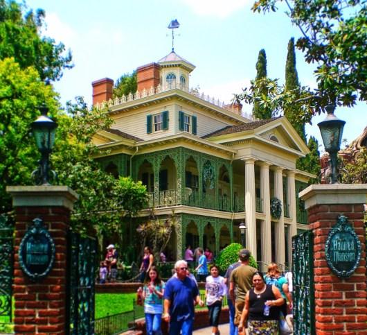 Haunted Mansion New Orleans Square Disneyland 1