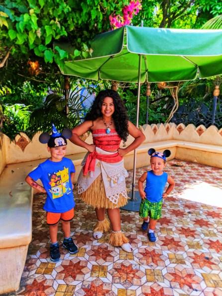 Taylor Kids meeting Moana in Adventureland Disneyland 3