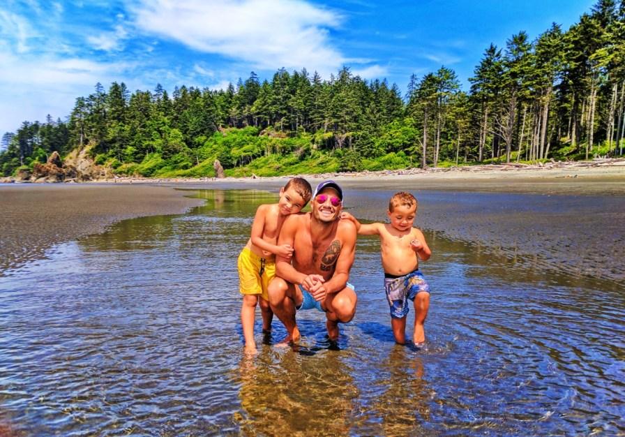 Taylor Family and Sandbar at Ruby Beach Olympic National Park 4