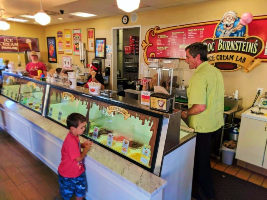 Taylor Family at Doc Burnsteins Ice Cream Lab Orcutt Santa Maria Valley 6