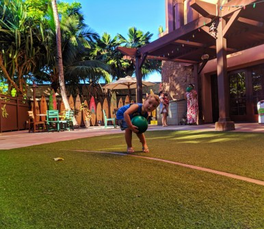 Taylor Family at Aunties Beach House Disney Aulani Oahu 1