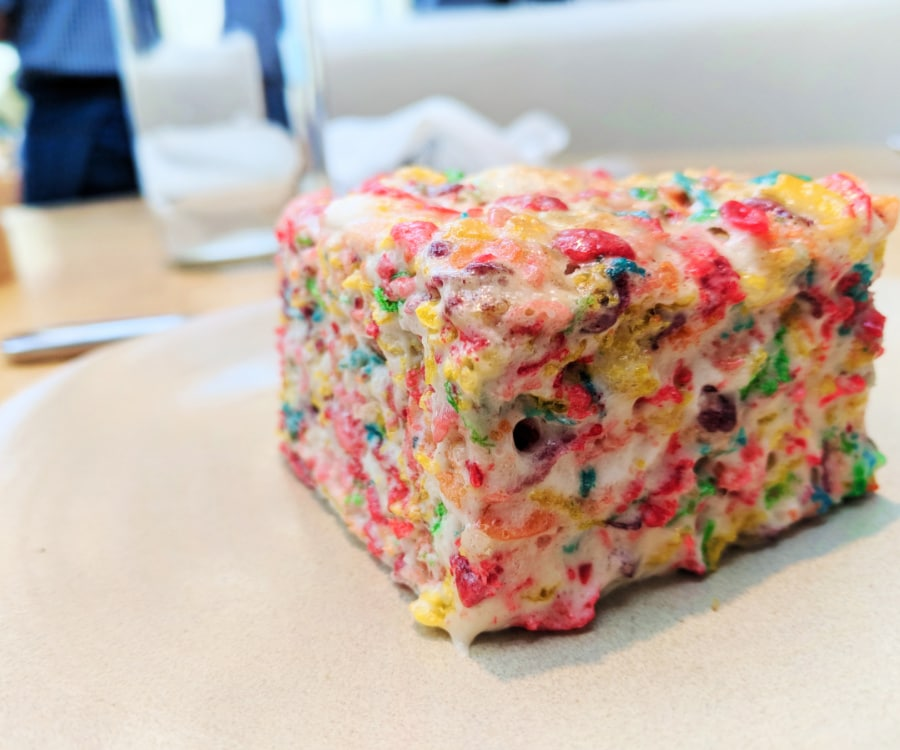 Fruity Pebble Treat At Summer House Santa Monica Chicago 1