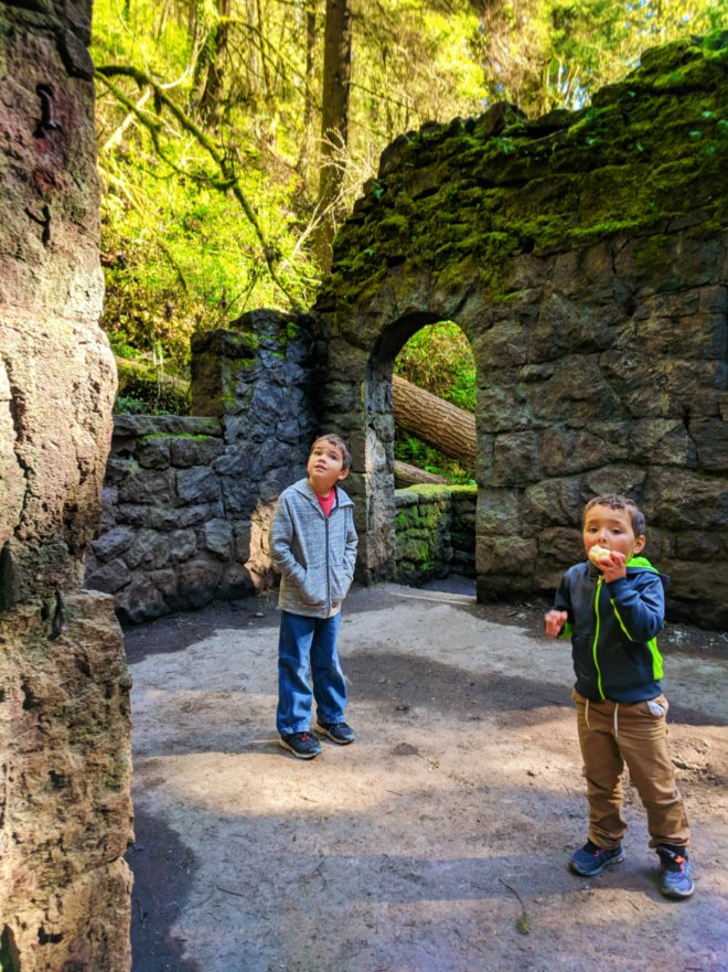 Taylor Family hiking Macleay Trail Witches Castle Portland Oregon 7