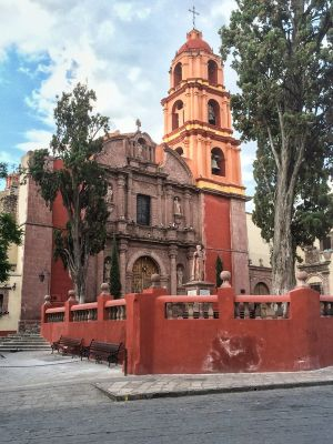 One of the many churches in San Miguel