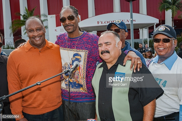 Inglewood Mayor James T Butts and Snoop Dogg attends the 3rd Annual Thanksgiving Turkey giveaway at The Forum in Inglewood, CA.