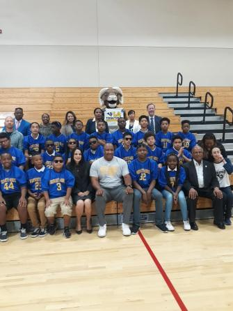 Los Angeles Rams and Mayor James Butts at Warren Lane